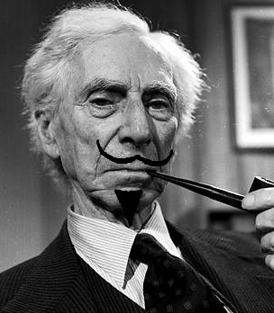 bertrand_russell_smoking4-9